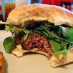 Hamburger Bite di su-lin