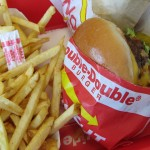 Double-Double Animal Style + Fries di Scott Beale